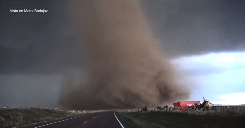 Terrifying Extreme Close-Up Video of Tornado Outside Wray, Colorado