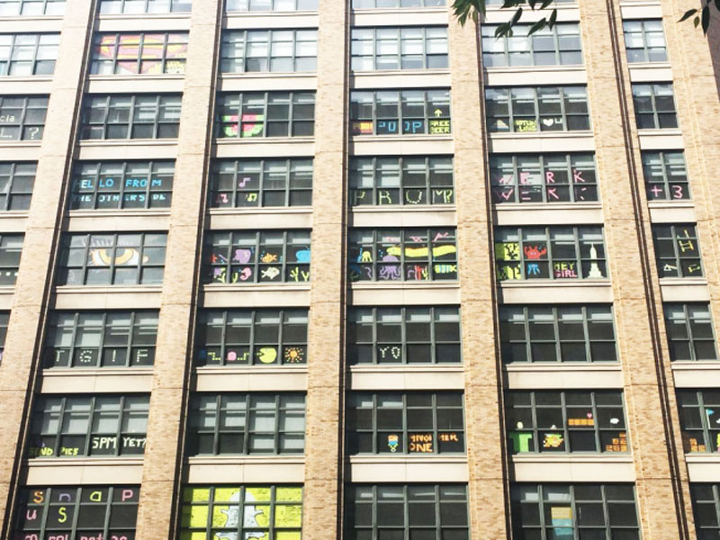 Two Buildings Were Having an Epic Post-It War Until This Happened (12)