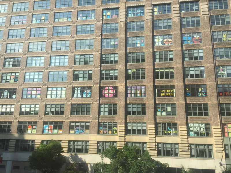 Two Buildings Were Having an Epic Post-It War Until This Happened (2)