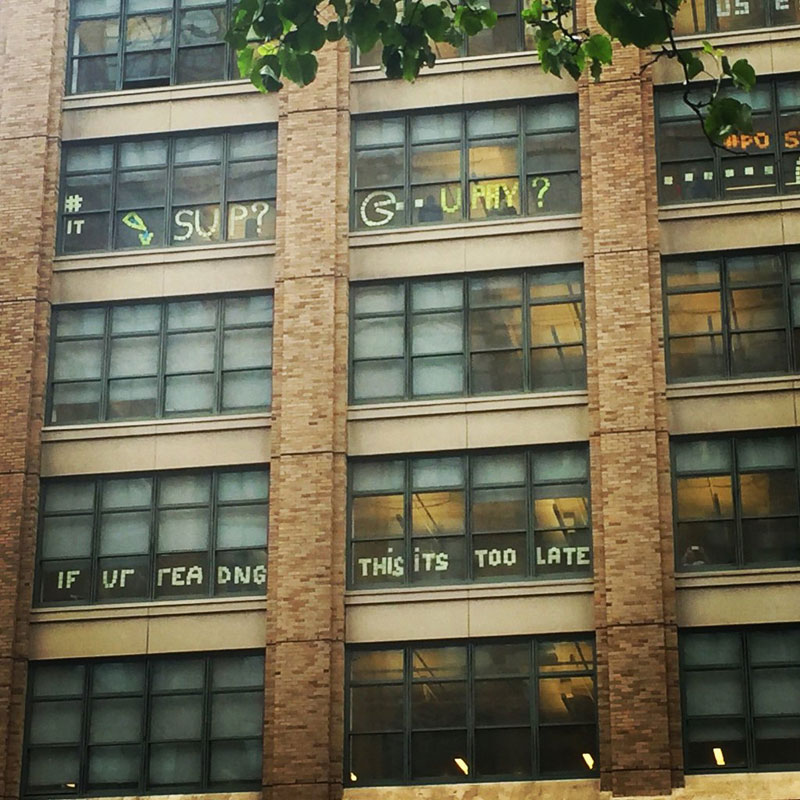 Two Buildings Were Having an Epic Post-It War Until This Happened (9)