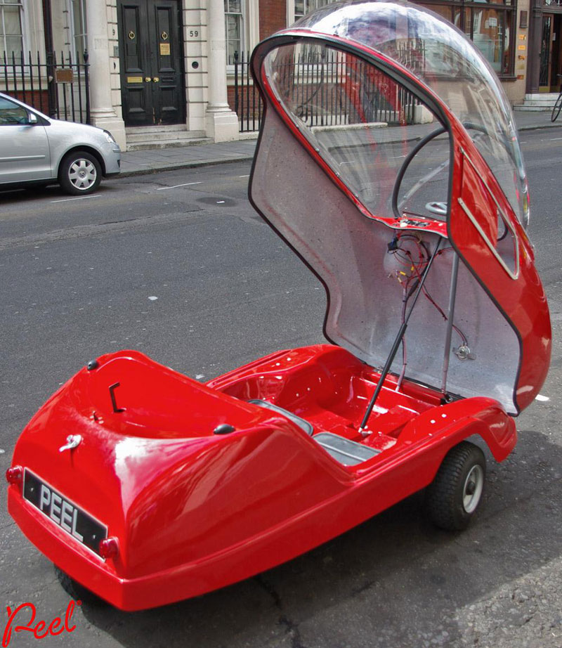 Built in 1962, the World\'s Smallest Car has One Door, One Headlight ...