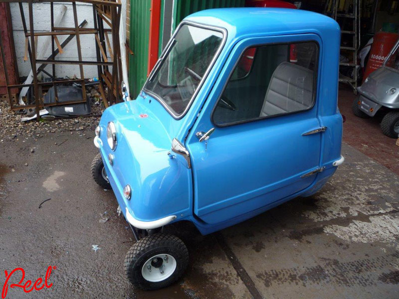worlds smallest car peel p50 (6)