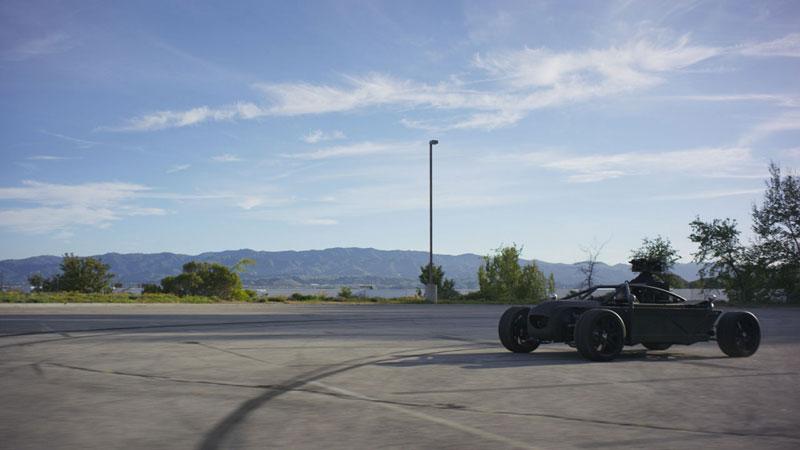 blackbird Shapeshifting CGI Vehicle Can Morph Into Any Car (4)