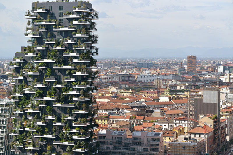 The incredible vertical forest residential towers in milan for Habitat stuttgart