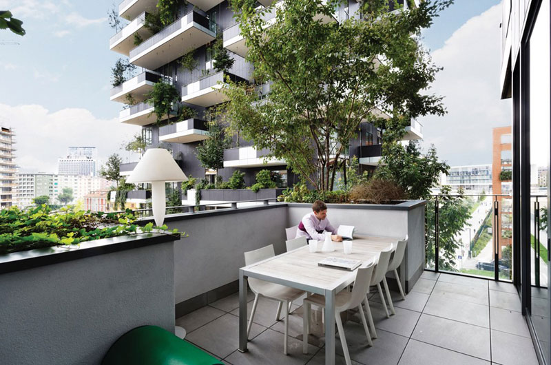 Bosco Verticale vertical forest residential towers by boeri studio milan italy (7)