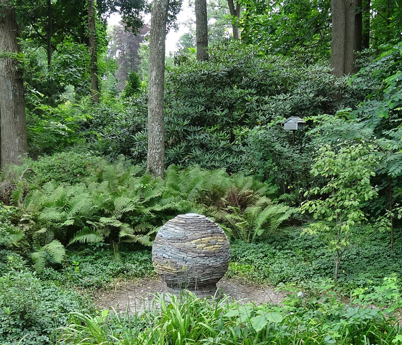 Stone For The Garden: Amazing Dry Stone Garden Spheres By Devin Devine