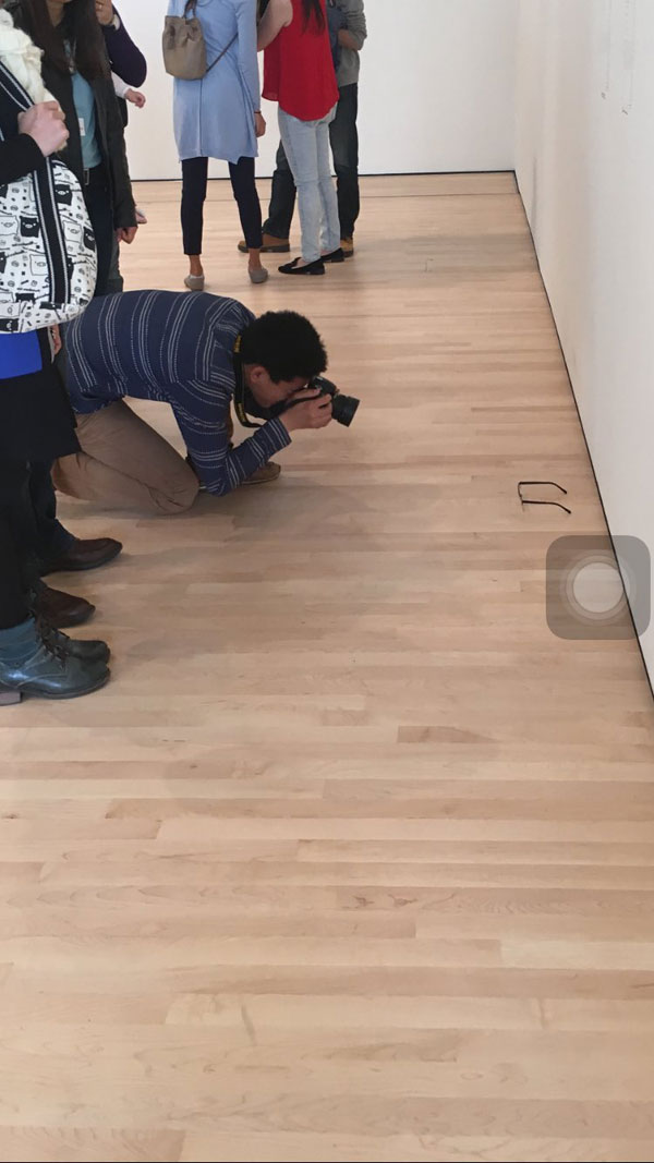 glasses on floor of sf moma mistaken for art (5)