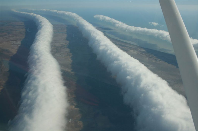 Picture of the Day: Rare Morning Glory Roll Clouds