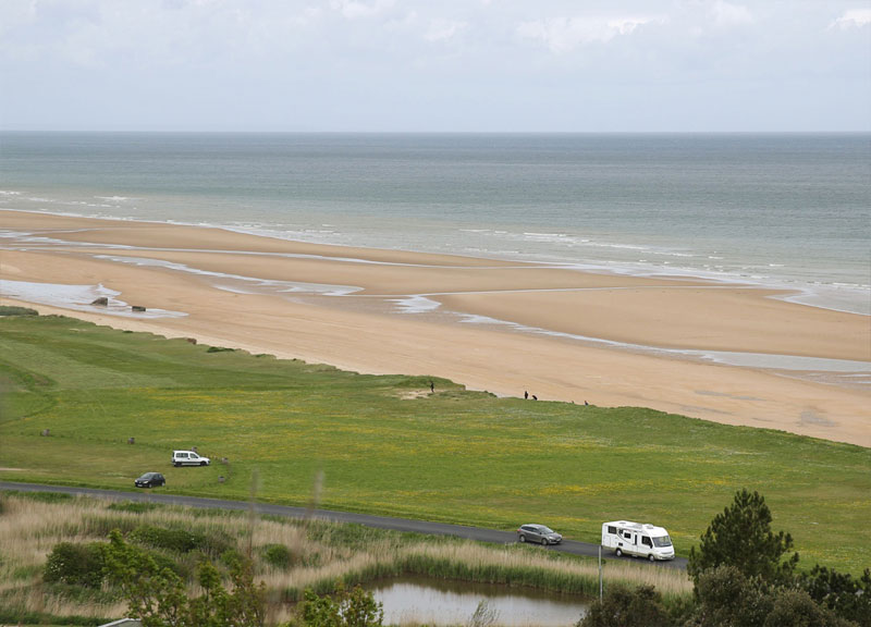 omaha-beach-normandy-france-d-day-then-and-now-world-war-II_now