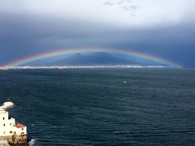 perfect rainbow over mountain in naples Picture of the Day: Perfect Rainbow Over Mount Vesuvius