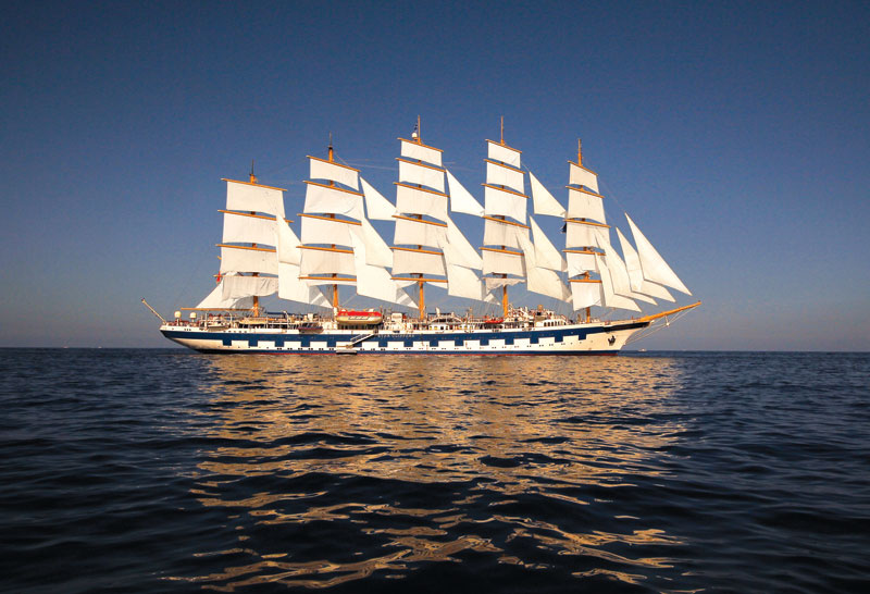 royal clipper the largest full rigged sailing ship in the world (6)