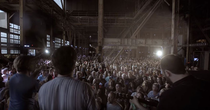 1,500 Strangers Got Together to Sing a Leonard Cohen Song Inside an Old PowerPlant