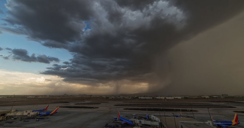 Timelapse Captures Amazing Microburst Over Phoenix