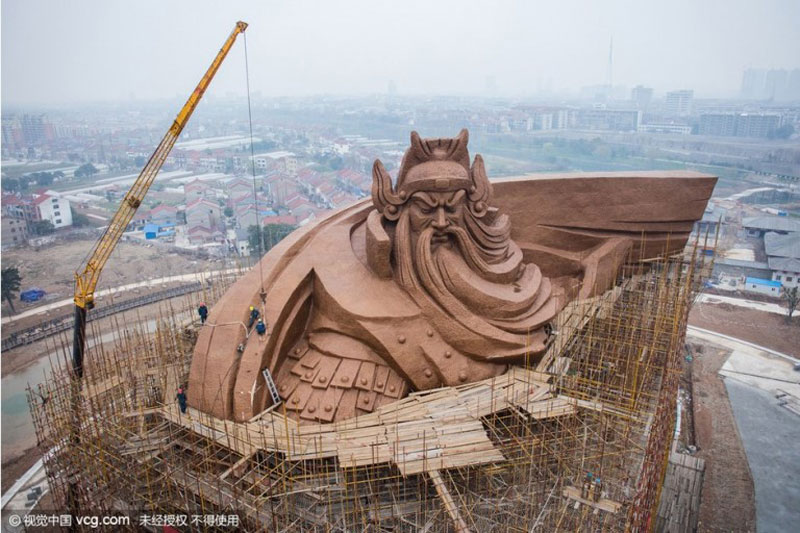god of war guan yu statue jingzhou china (1)