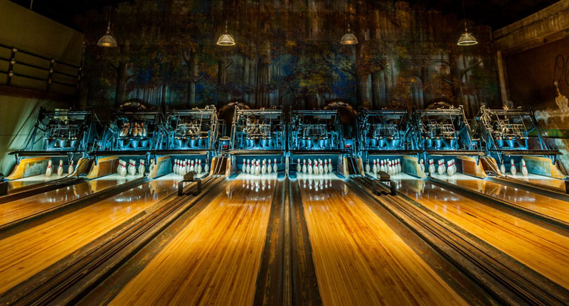 This Vintage 1927 Steampunk Bowling Alley Looks Amazing