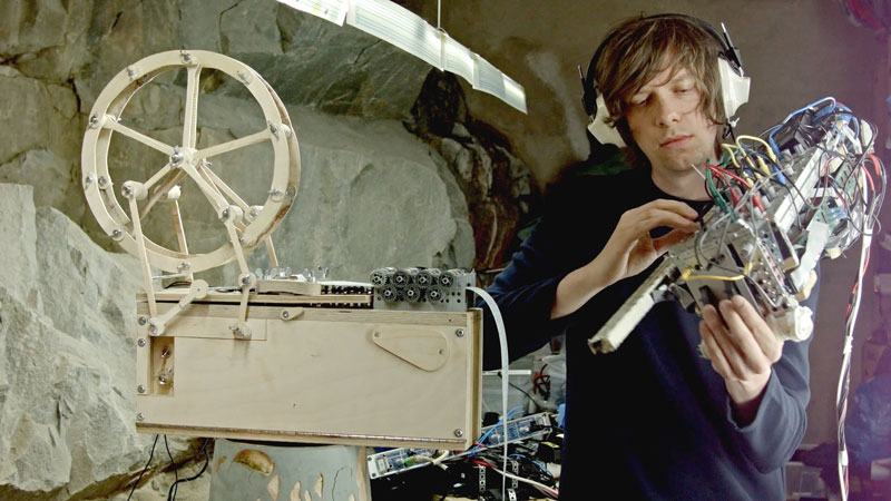 Artist Builds Custom Music Box and Modular Synth Violin to Play Song HeWrote
