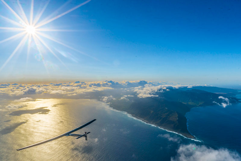 solar impulse Plane circumnavigates globe Without single Drop of Fuel (13)
