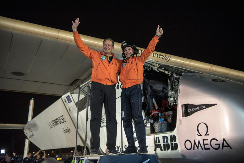 solar impulse Plane circumnavigates globe Without single Drop of Fuel (18)