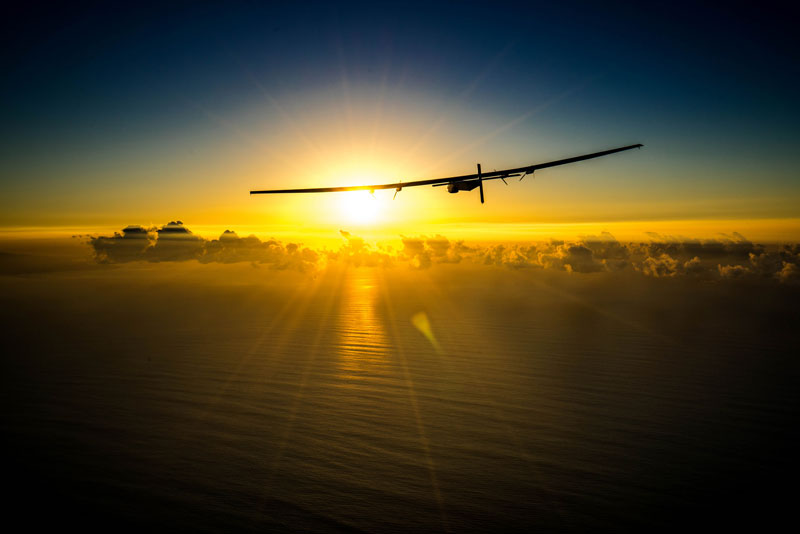 solar impulse Plane circumnavigates globe Without single Drop of Fuel (5)
