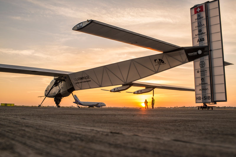 solar impulse Plane circumnavigates globe Without single Drop of Fuel (7)