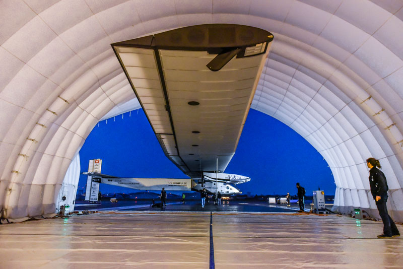 solar impulse Plane circumnavigates globe Without single Drop of Fuel (9)