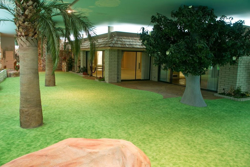 5000 Sq Ft Cold War Bunker Underneath suburban house in Las Vegas (2)