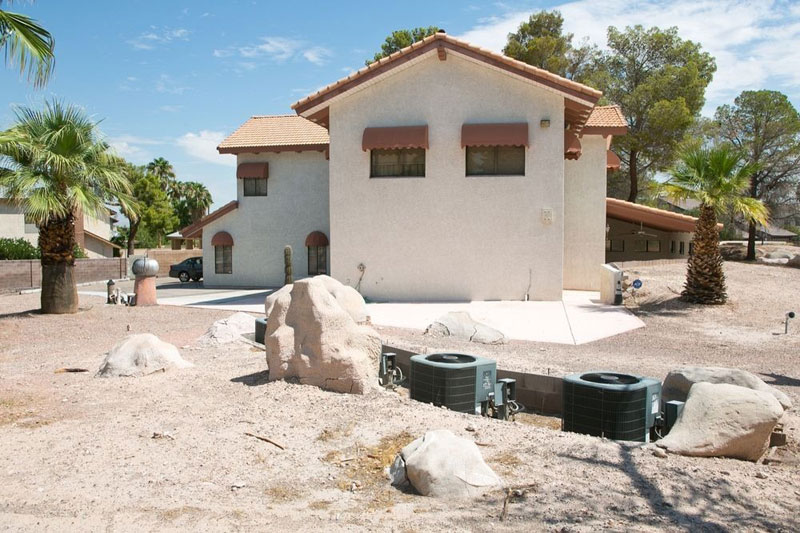 5000 Sq Ft Cold War Bunker Underneath suburban house in Las Vegas (4)