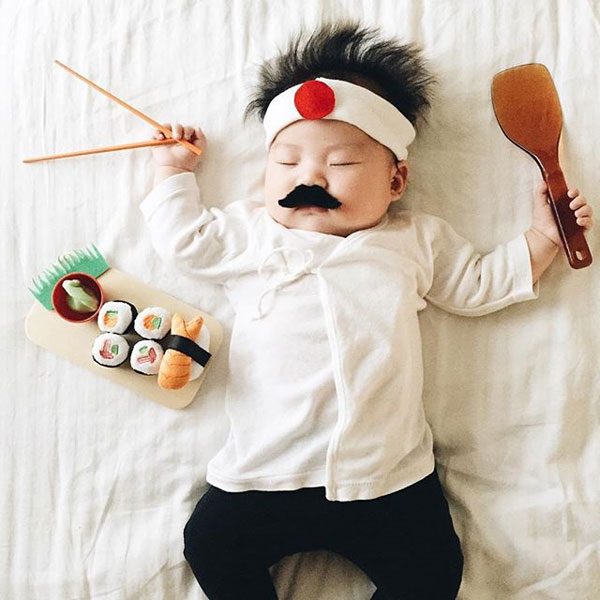 baby dress up costumes while she sleeps by laura izumikawa (11)