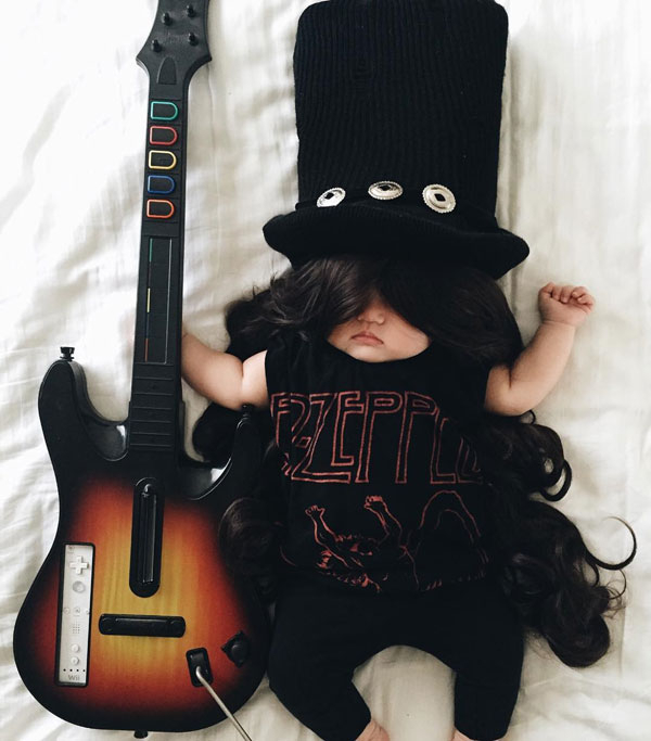 baby dress up costumes while she sleeps by laura izumikawa (14)