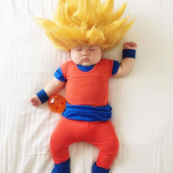 baby dress up costumes while she sleeps by laura izumikawa (17)