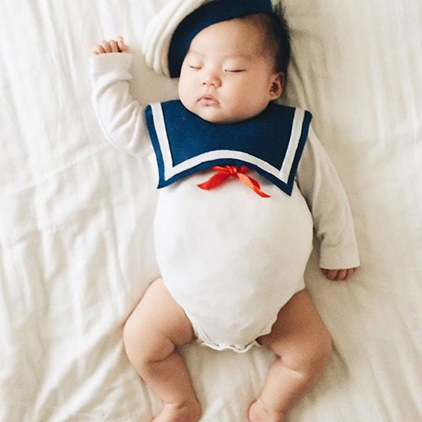 baby dress up costumes while she sleeps by laura izumikawa (5)