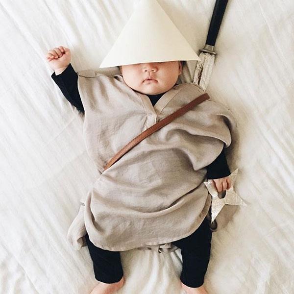 baby dress up costumes while she sleeps by laura izumikawa (6)