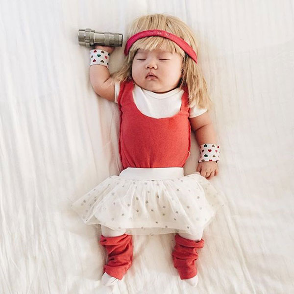 baby dress up costumes while she sleeps by laura izumikawa (8)