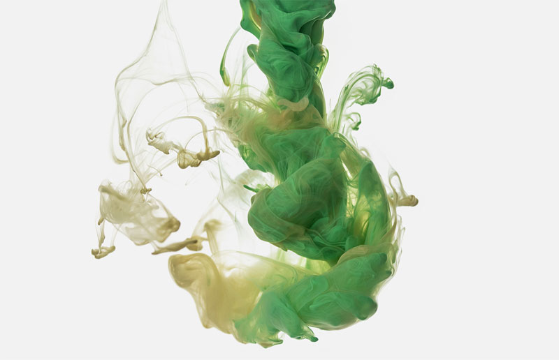 high-speed photos of ink dropped into water by alberto seveso (12)