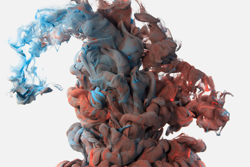 18 High-Speed Photographs of Ink Dropped Into Water