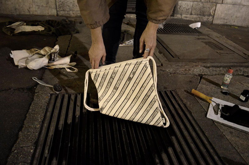 Raubdruckerin Guerilla Printing Manhole Covers Onto Shirts and Bags (9)