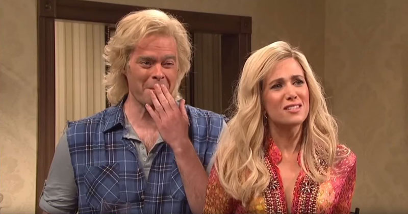 9 Glorious Minutes of the SNL Cast Breaking Character