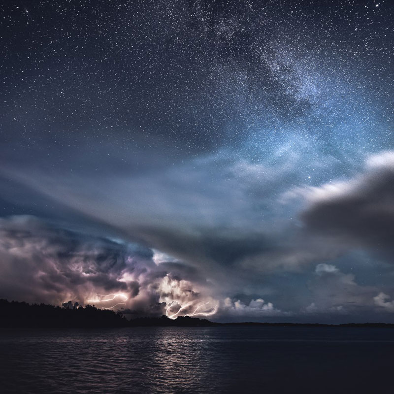 Stars-and-Storms-in-Kasnas-Finland-by-mikko-lagerstedt-(3)