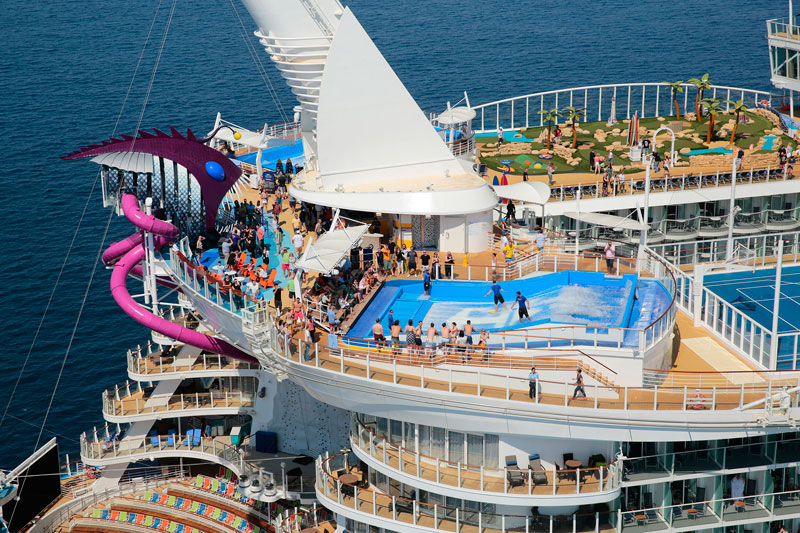 Onboard the World's Largest Passenger Ship (25 Photos) «TwistedSifter