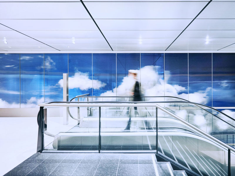 beyond by daan roosegaarde schiphol airport netherlands 7 Artist Unveils Worlds Largest Lenticular Print at Schiphol Airport