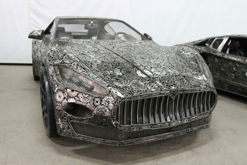 scrap metal supercars gallery of steel figures pruszkow poland 7 Scrap Metal Supercars (12 Photos)