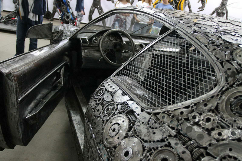 scrap metal supercars gallery of steel figures pruszkow poland 8 Scrap Metal Supercars (12 Photos)