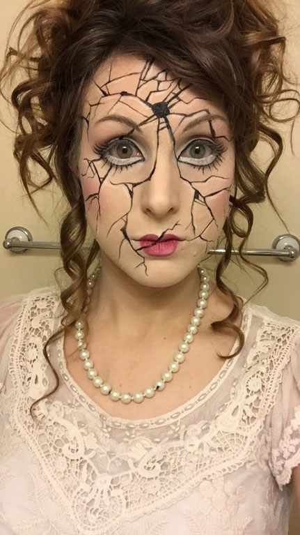 funny halloween costume ideas 13 25 People Who Totally Nailed Halloween