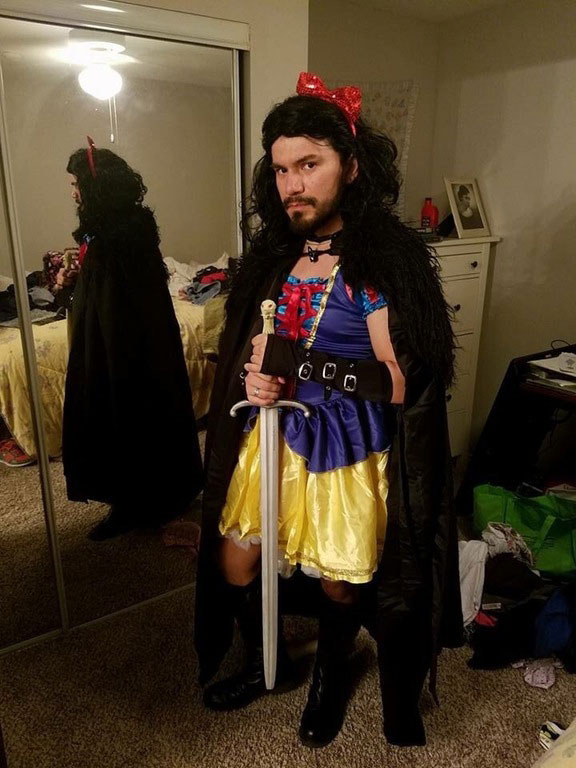 funny halloween costume ideas 25 25 People Who Totally Nailed Halloween
