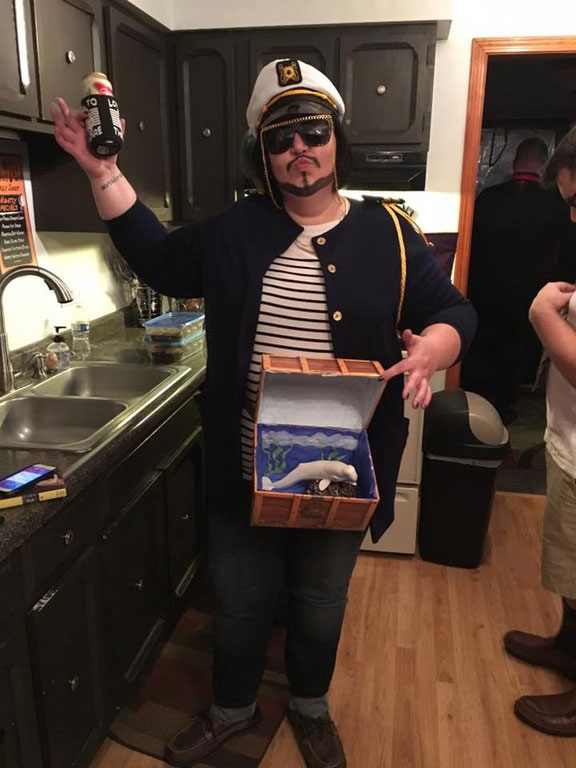 funny halloween costume ideas 4 25 People Who Totally Nailed Halloween