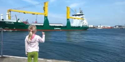 Giant Cargo Ship Politely Responds to Little Girl's Honk Request