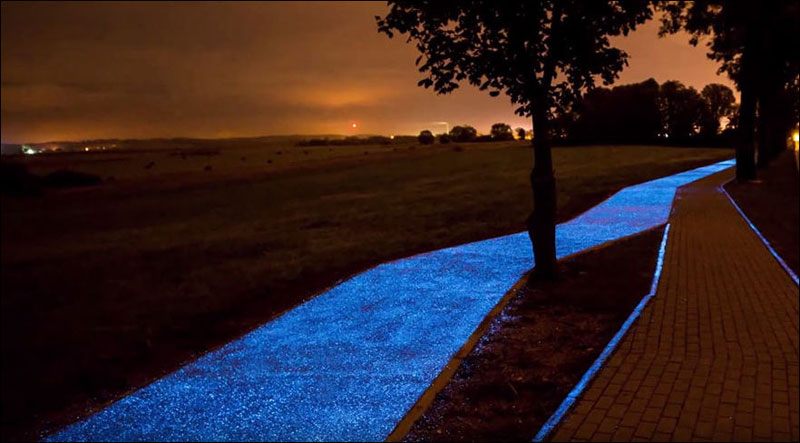 glow in the dark solar powered bike lanes poland tpa 4 Solar Powered, Glow in the Dark Bike Lanes are Being Tested in Poland