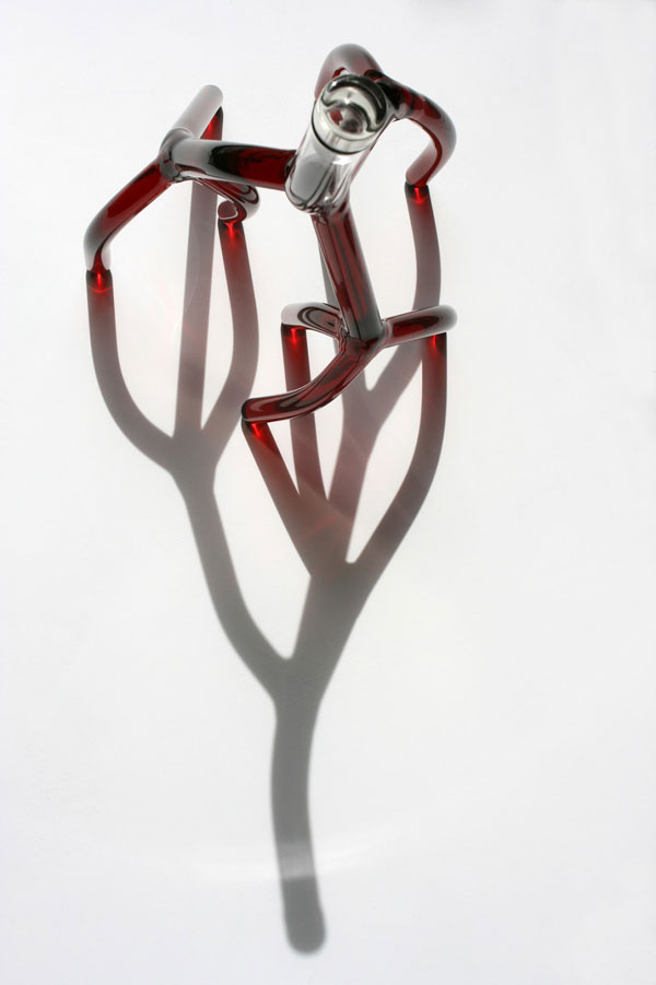 hand blown glass wine decanters by etienne meneau 8 Etienne Meneaus Hand Blown Glass Wine Decanters Look Like Tree Roots