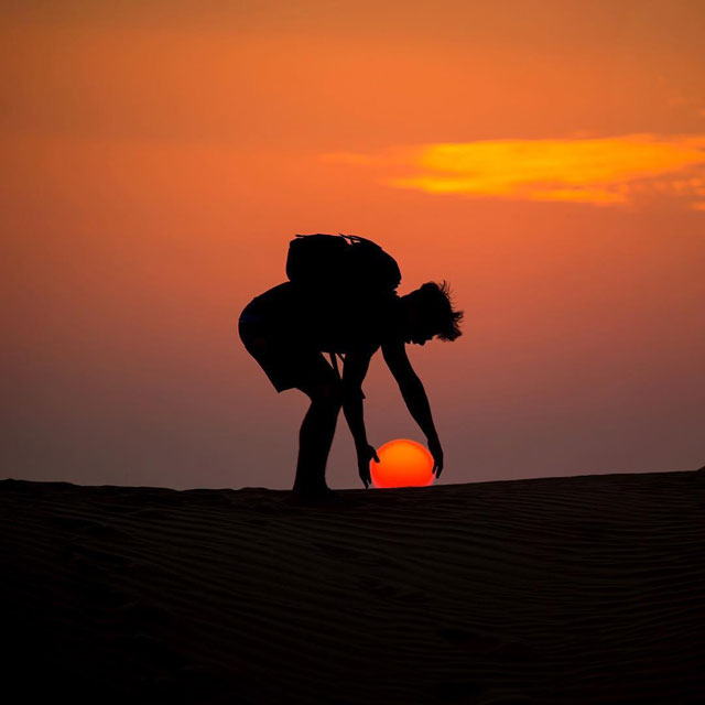 desert sun moon by dennis stever 2 Desert, Sun, Moon by Dennis Stever (8 Photos)