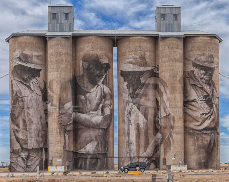 guido van helten street art 13 Colossal Humans by Guido Van Helten (12 Artworks)